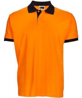 Polo naranja con negro