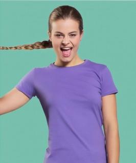Camiseta color lila lavanda