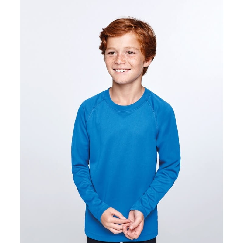 Camiseta técnica color azul eléctrico