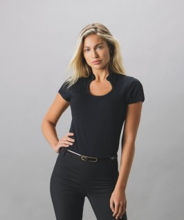 Camiseta Escotada Cuello Mandarín Mujer de Kustom Kit
