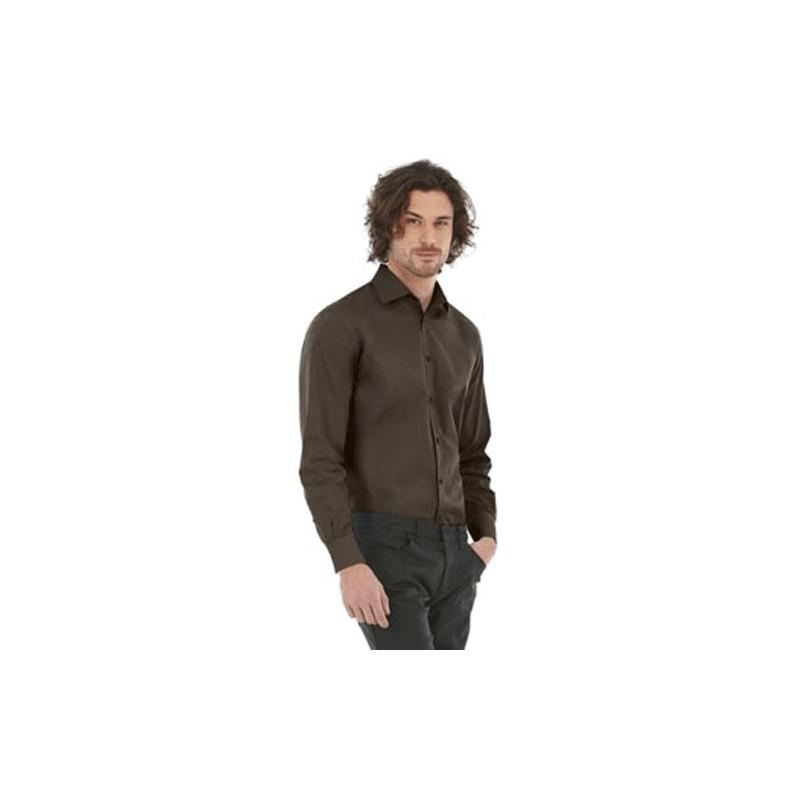 Camisa marrón oscuro