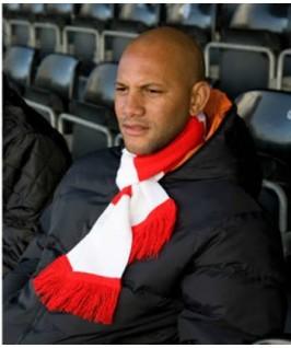 Bufanda rojo con blanco